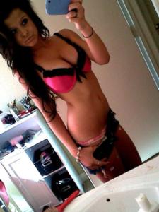 1087 hot girls
