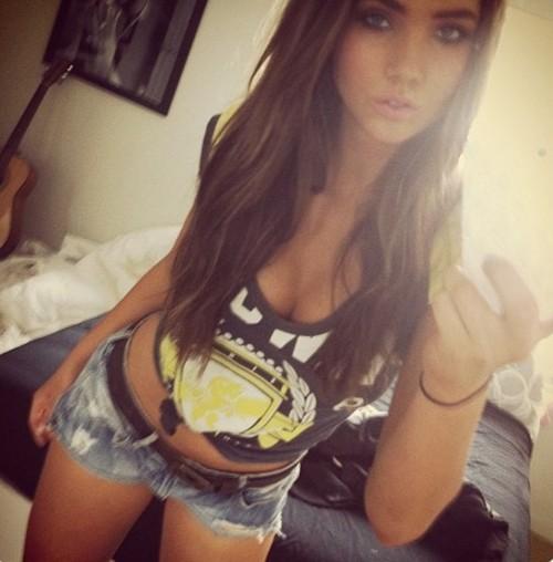 1360 hot girls