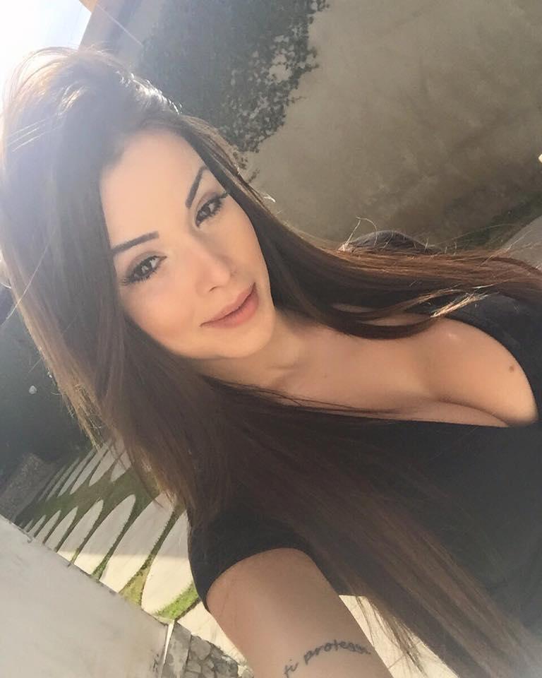 1382 big boobs girls